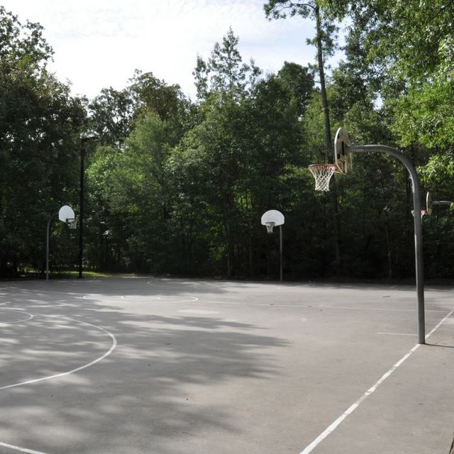 Harper's Landing Basketball Court