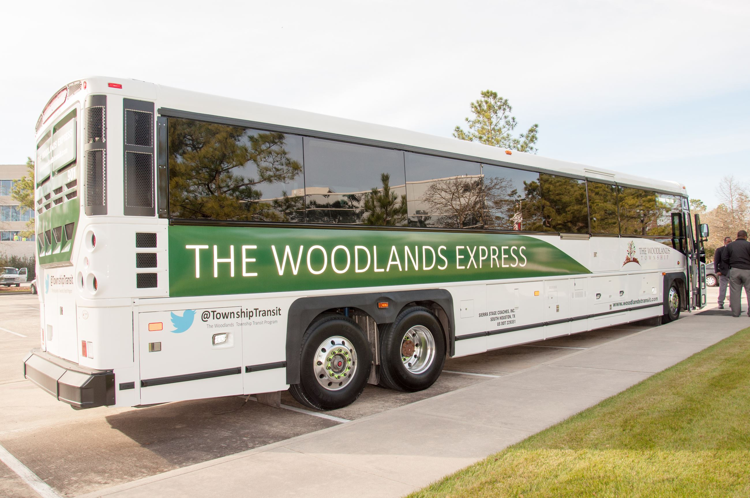 2016-TheWoodlandsExpress--6